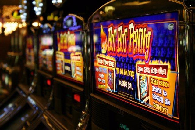 Игровые автоматы в клубе Азино666