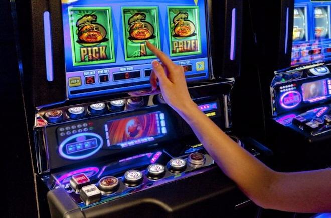 Получи нереальное по величине богатство с Alice in Wonderland в казино Вулкан