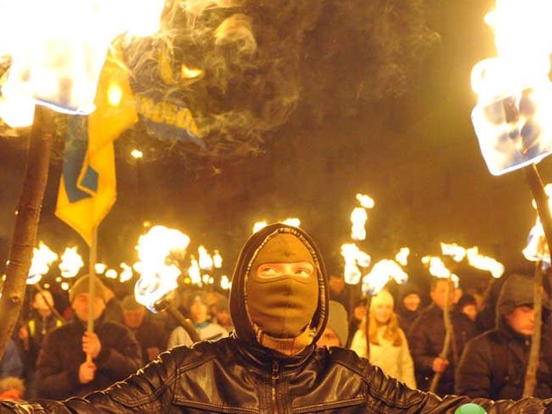 Организатор встречи Навального с жителями Астрахани является фанатом Майдана