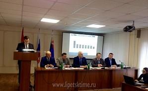 Олег Королёв проводит итоговое совещание по строительству