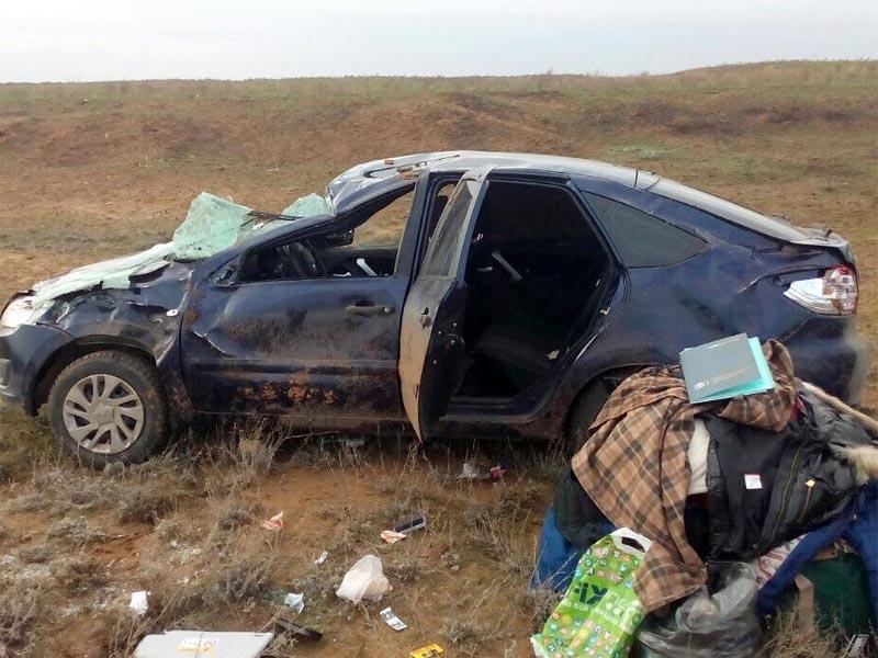 В Астраханской области в жуткой аварии погибла молодая автоледи