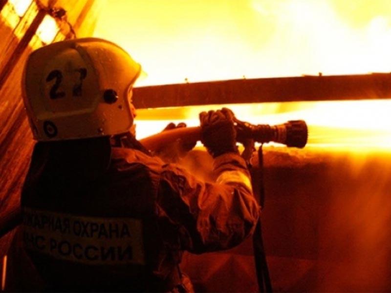 В Астрахани за ночь сгорели две бани — спасено 7 человек