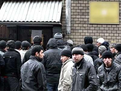 Мнение: Любой гражданин Таджикистана с темным прошлым может получить под шумок документ?