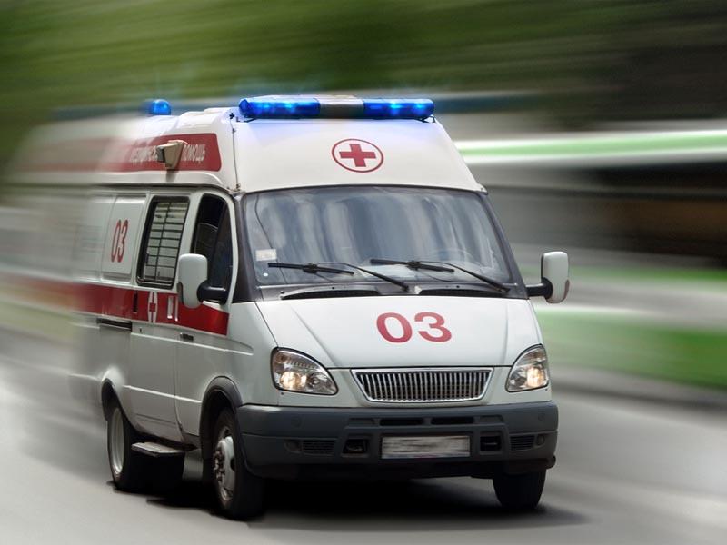 В Астрахани парень выпал с пятого этажа